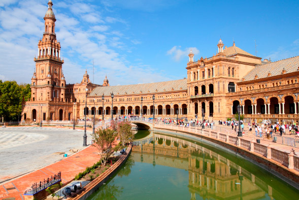 Vive el arte de la ciudad de Sevilla