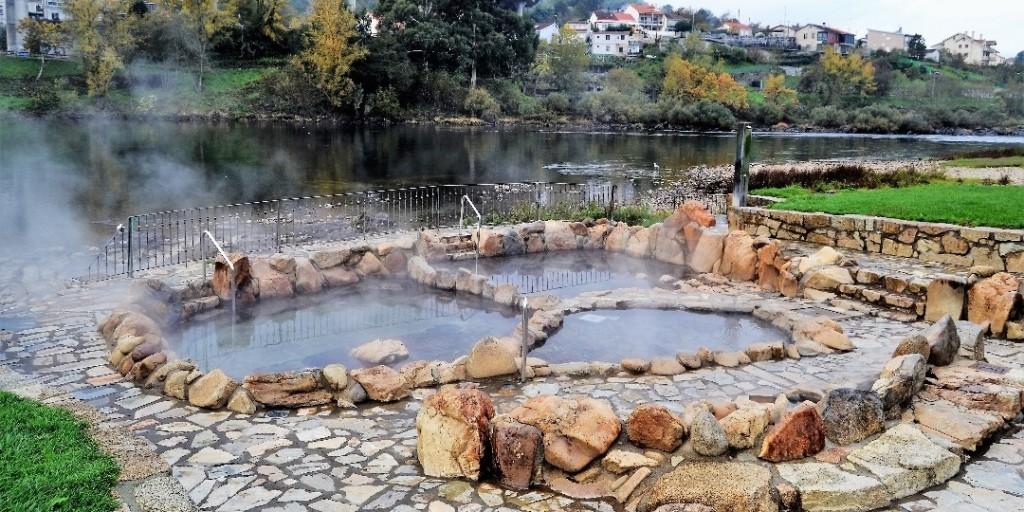 las-10-piscinas-naturales-mas-bonitas-de-espana_1